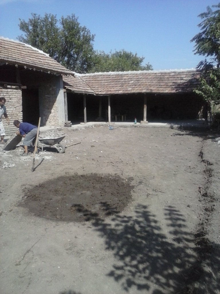 Alekovo - Another look into the patio area